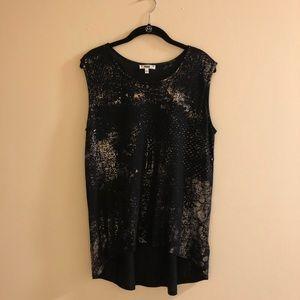 ⭐️NEW ITEM⭐️ Paige T-Shirt